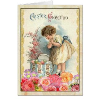 Jeune fille avec la carte de voeux vintage d'oeufs