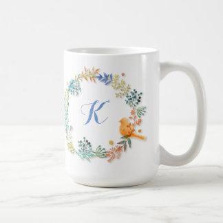 Joli oiseau de Lil de guirlande de monogramme - Mug
