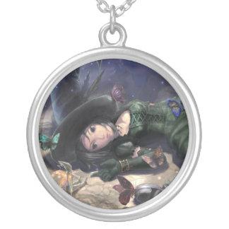 jolie collier sorcière fée et papillon de lune