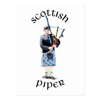 Joueur de pipeau écossais - bleu carte postale