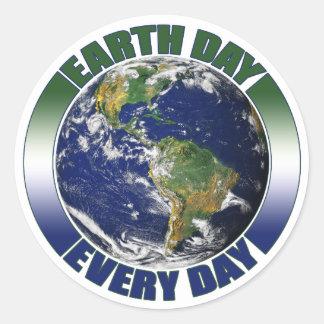 Jour de la terre la terre bleue et verte de chaque sticker rond