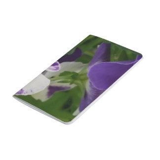 Journal tacheté pourpre de poche de fleur