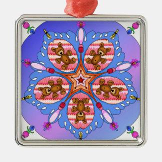 Kaléidoscope des ours et des abeilles ornement carré argenté
