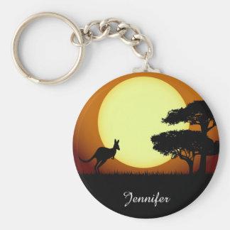Kangourou au nom de coucher du soleil porte-clé rond