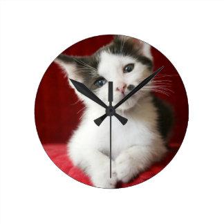 KittenNamed impressionnant Horloge Ronde