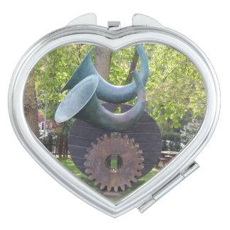 Klaxons et miroir de contrat de coeur de vitesse