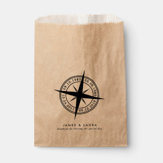 La boussole avec votre special date le sac de sachets en papier
