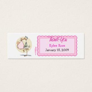 La cigogne de fille remercie l'étiquette de faveur mini carte de visite