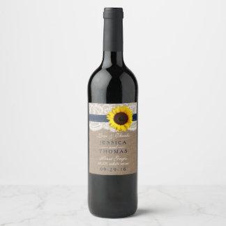 La collection rustique de mariage de tournesol - étiquette pour bouteilles de vin
