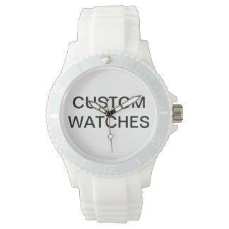 La coutume a personnalisé le blanc rose de montre