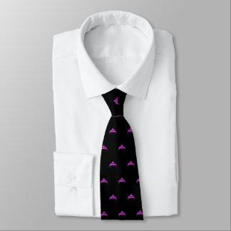 La cravate des hommes fuchsia de couronne de Mlle