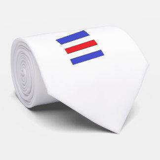La cravate des hommes nautiques de la lettre C