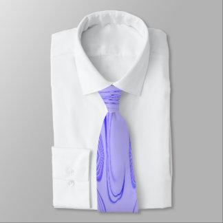 La cravate des hommes pourpres de diamant