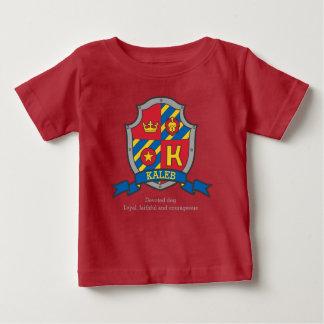 La crête de signification de nom de lettre de t-shirt pour bébé