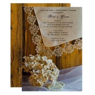 La dentelle de pays fleurit le dîner de répétition carton d'invitation  12,7 cm x 17,78 cm