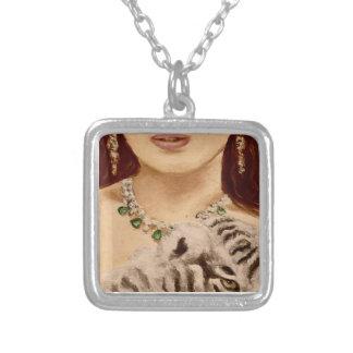 La femme et le tigre-petit animal, mode, ont collier