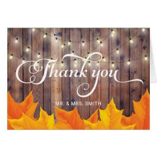 La ficelle de feuille d'automne allume le Merci en Carte