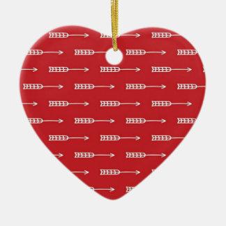 La flèche du cupidon ornement cœur en céramique