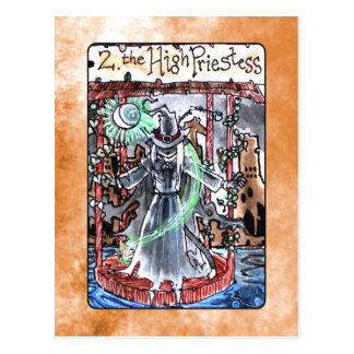 La haute carte de tarot de prêtresse