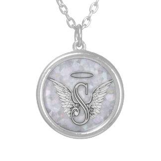 La lettre initiale de l'alphabet S d'ange s'envole Pendentif Rond