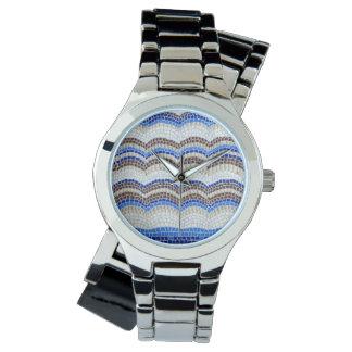 La montre des femmes bleues de mosaïque