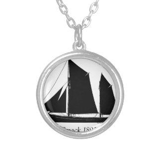 la navigation 1893 claquent - les fernandes collier