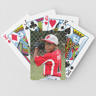 La photo faite sur commande folâtre des cartes de jeu de cartes