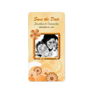 La photo florale d'ivoire et d'or font gagner la étiquette d'adresse