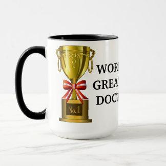 La plus grande tasse de café du docteur du monde