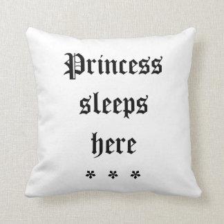 La princesse dort ici coussin