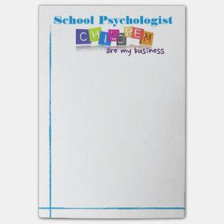 La psychologie/enfants d'école sont mon post-it post-it®
