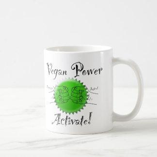 La puissance végétalienne activent la tasse de
