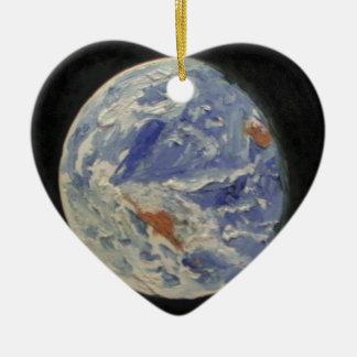 La terre de planète ornement cœur en céramique
