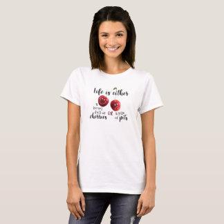 LA VIE--Cerises ou puits T-shirt