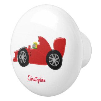 La voiture de course rouge ajoutent juste le nom bouton de porte en céramique