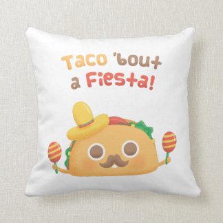 L'accès de taco un aliment mignon de fiesta fait oreillers