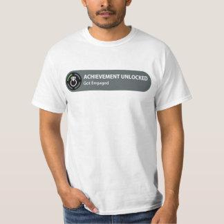 L'accomplissement a ouvert - se fiance t-shirt