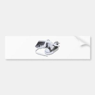 LacedTennisShoes032112.png Autocollant De Voiture