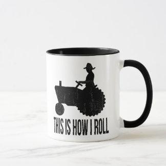 L'agriculteur sur le tracteur ceci est comment JE Mug