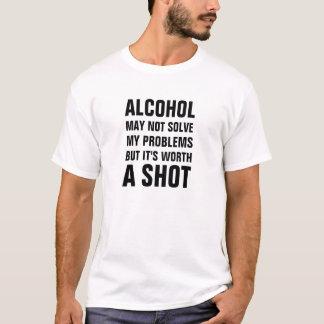 L'alcool ne peut pas résoudre mes problèmes mais t-shirt