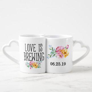 L'amour floral d'aquarelle brasse le mariage mug