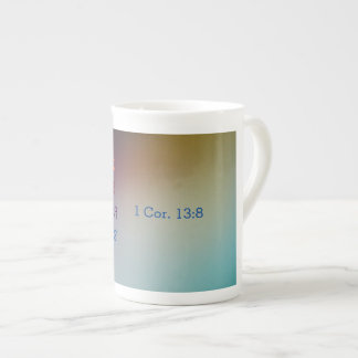 L'amour n'échoue jamais la tasse