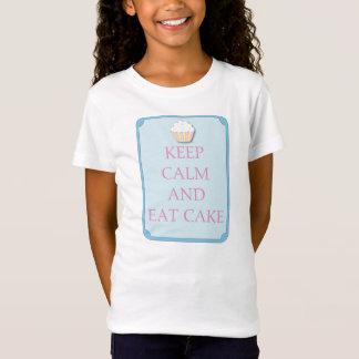 L'amusement gardent le calme et mangent le T-shirt