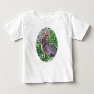 Lapin mignon de lapin t-shirt pour bébé