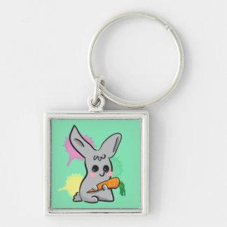 lapin mignon gris avec le porte - clé de carotte porte-clés