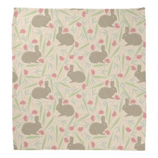 Lapins dans le motif de jardin foulards