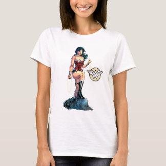 Lasso passionnant de femme de merveille placé sur t-shirt