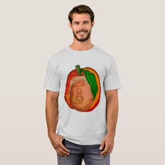 L'atout dans le T-shirt de base des hommes de