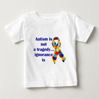 L'autisme n'est pas une tragédie, ignorance est t-shirt pour bébé