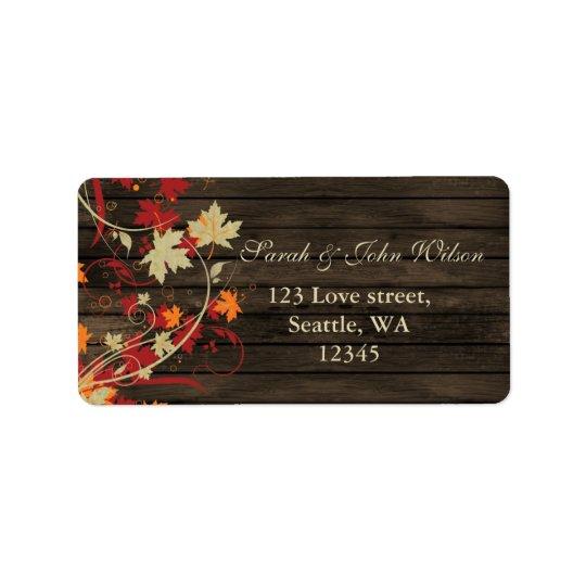 L'automne rustique en bois de grange laisse le étiquettes d'adresse